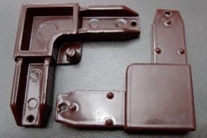 Уголок цельнолитой (коричневый) цена 9 руб.  за шт купить со скидкой
